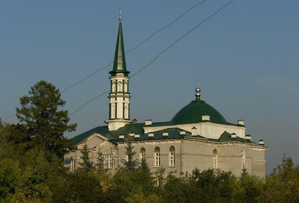 2656436 Пожар рядом с Первой соборной мечетью Уфы Башкирия Люди, факты, мнения