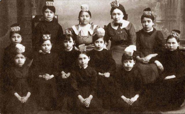 869566563564 Мухлиса Буби (Бобинская) и джадидизм Ислам Татарстан Фигуры и лица