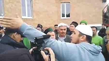 16-3-6 Певец Ринат Рамазанов о конфликте в мечети Белорецка Башкирия Ислам