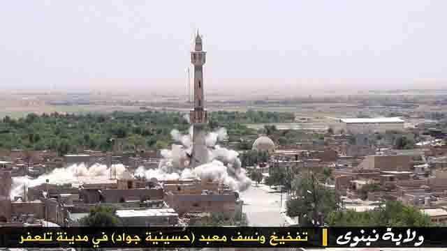 """igil-razrushaet-mecheti-5 ИГИЛ разрушает мечети """"неправильных"""" мусульман Ислам в России Люди, факты, мнения"""