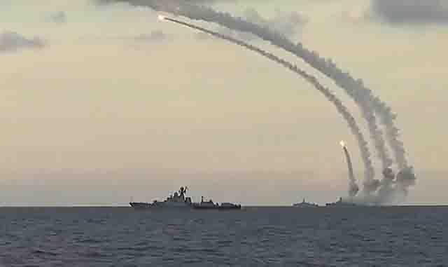 rakety-kalibr-na-korabljah Россия одним залпом заставила нервничать весь флот США Анализ - прогноз Защита Отечества