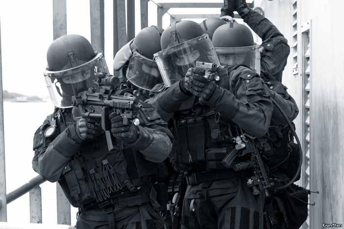 530730271 ФСБ: российские спецслужбы найдут и уничтожат террористов Антитеррор