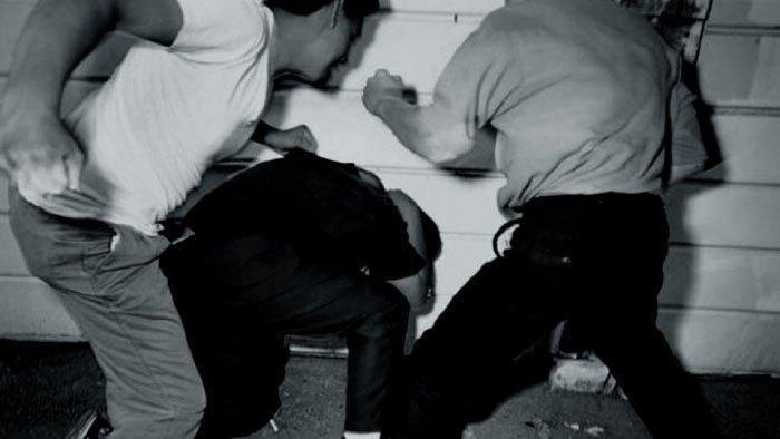 56354747 Лидеры движения «Башкорт» избили главу оренбургского Курултая башкир в туалете Анализ - прогноз Башкирия Люди, факты, мнения Оренбургская область