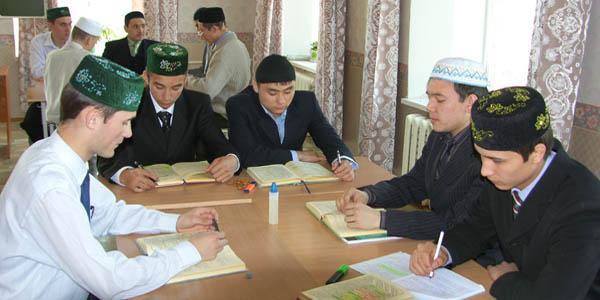 img_0021 ВЕРХОВНЫЙ МУФТИЙ ТАЛГАТ ТАДЖУДДИН Ислам Фигуры и лица