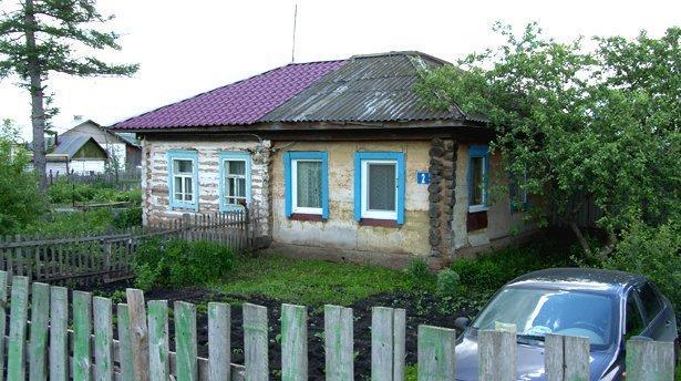 sh101107a Село Алексеевка Уфимского района Башкирия Посреди РУ