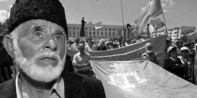 657487658 Меджлис - политическая надстройка, эксплуатирующая крымско-татарский фактор в интересах враждебных России стран Ислам в России
