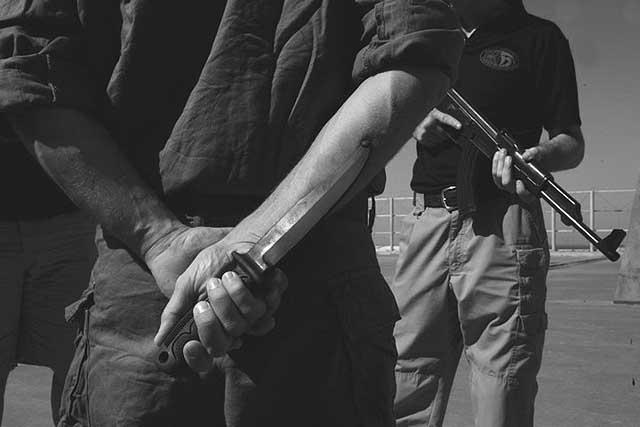 """142352562 Исламист с ножом и криком """"Аллах акбар"""" атаковал прохожих в городе Графинг под Мюнхеном Антитеррор"""