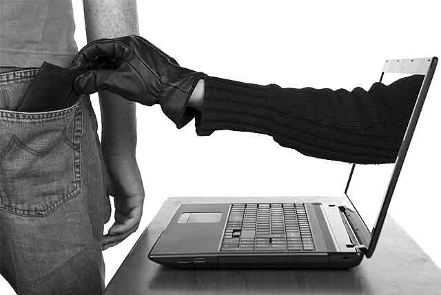 obman_cherez_internet-111 Непутевые оренбургские хакеры заработали немного, но сядут надолго Люди, факты, мнения Оренбургская область