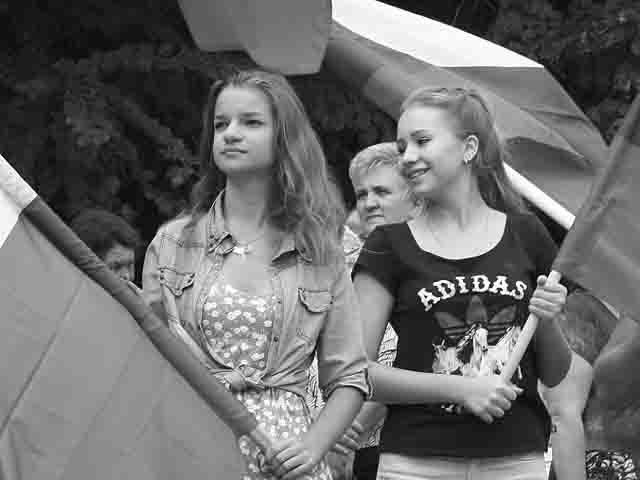 """-российского-флага2 Флешмоб """"Под флагом России"""" в Волгограде Люди, факты, мнения"""