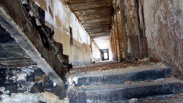 SH102848_22 Коридоры и лестницы Блог писателя Сергея Синенко Посреди РУ