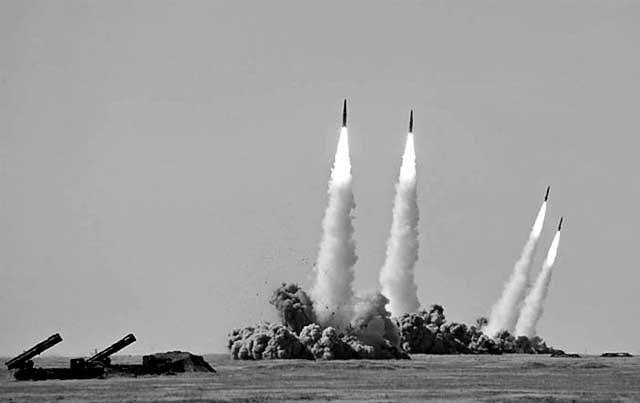 iskander_posredi.ru_ «Искандеры» теперь ближе и понятней... странам НАТО Защита Отечества