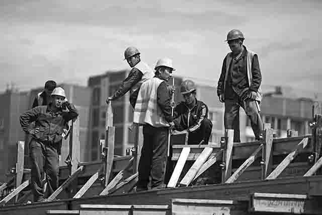 4636 Почему в Челябинской области падение объемов ввода жилья? Анализ - прогноз Свой дом Челябинская область Экономика и финансы