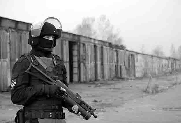 768879 В Ижевске конструктор пистолетов-пулеметов представил образцы оружия Защита Отечества Удмуртия