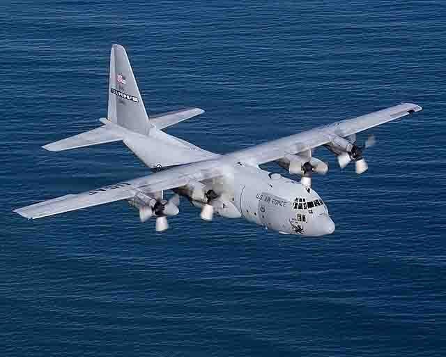 C-141-Starlifter-военно-транспортный-самолет Военно-воздушные силы США - общий анализ Анализ - прогноз Защита Отечества