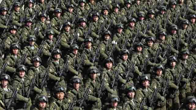 333 Польский эксперт: в России оружием увлекается каждый мужчина Антитеррор Защита Отечества