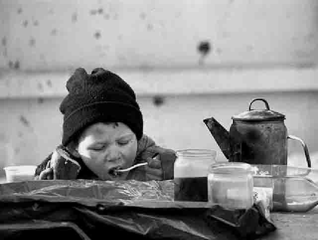 3535 Шестилетний мальчик один разгуливает по городу Волжск (Марий Эл) Люди, факты, мнения Марий Эл
