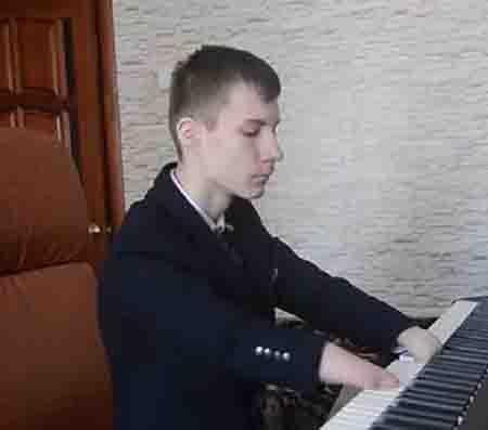 545646 Юный пианист из Зеленодольска Алексей Романов стал Героем нашего времени Люди, факты, мнения Татарстан