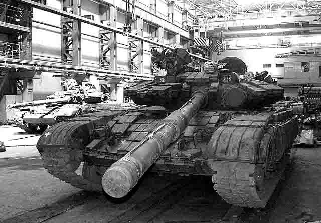 55667 На Урале возникнет крупнейший в мире бронетанковый холдинг Защита Отечества Пермский край Свердловская область Челябинская область