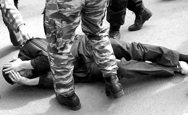 577978759 После визита в полицию Нижнекамска у Ильдара исчезли первичные рефлексы ног... Люди, факты, мнения Татарстан