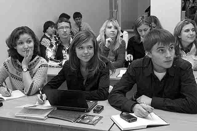 787878 В Екатеринбурге тест по истории Отечества прошли пять человек История и краеведение Свердловская область