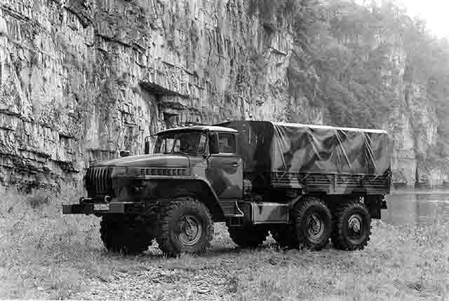 627 Самарские военные пересели на грузовики-вездеходы Защита Отечества Самарская область