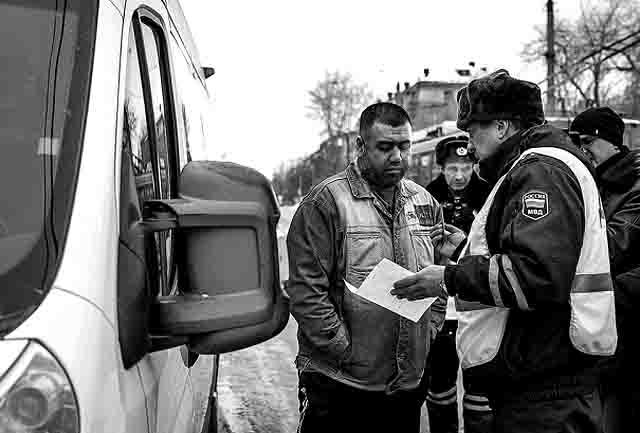666889 Почему в Челябинской области мигранты не смогут водить автобусы и маршрутки? Анализ - прогноз Челябинская область