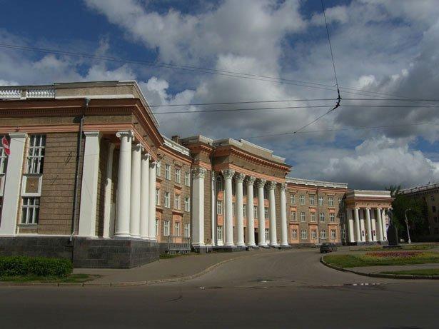 SH103619_22 ГОРОДСКИЕ СИЛУЭТЫ Блог писателя Сергея Синенко