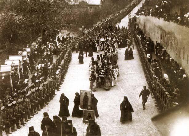 456127858 Как хоронят православных епископов? Православие Свердловская область