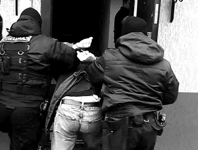 900 Легендарный авторитет из Пермского края вновь арестован Люди, факты, мнения Пермский край