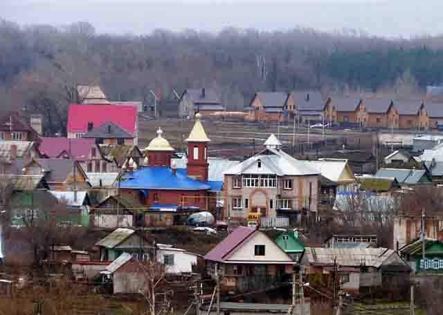 SH105961-2 Старообрядческий священник из Стерлитамака вынужден был построить церковь на садовом участке Башкирия Люди, факты, мнения