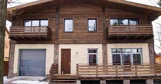 otdelka_doma_derevom_snaruzhi Дом в стиле шале Свой дом