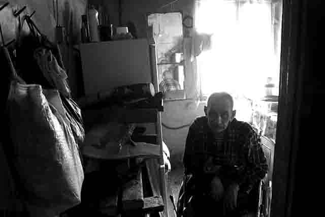 2424 Как люди выживают в Удмуртии (поселок ДО «Машиностроитель») Люди, факты, мнения Удмуртия
