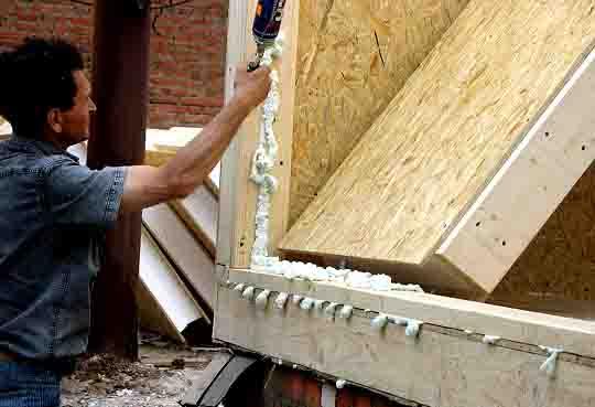 63346 Как монтировать стены из СИП-панелей? Свой дом