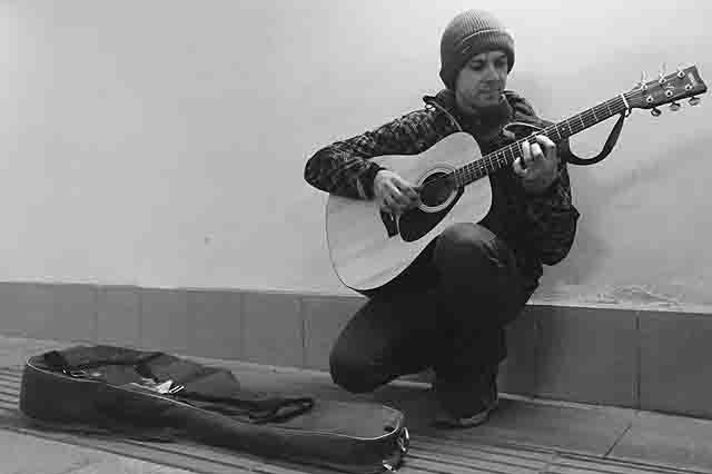 3 Музыканты в подземных переходах Самары Люди, факты, мнения Самарская область