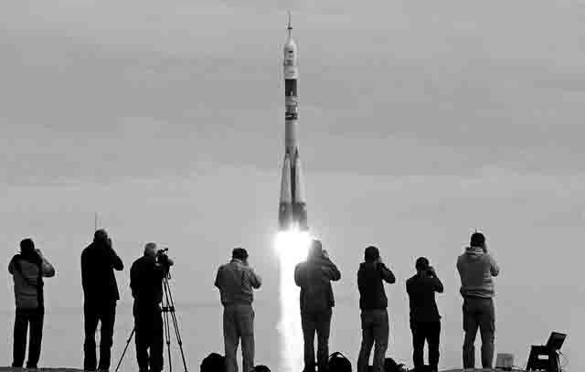 5346546 Аэрокосмическая отрасль Самары в условиях санкций и военного противостояния Анализ - прогноз Самарская область