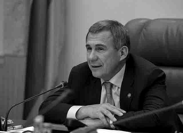 555-1 Почему в Казани увольняют с работы за отказ от изучения татарского языка? Анализ - прогноз Люди, факты, мнения Татарстан