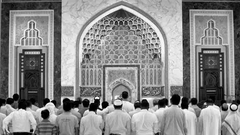 v-oaje-prinjali-novyj-zakon-o-povedenii-v-mechetjah-strany В ОАЭ ужесточился закон о мечетях Ислам