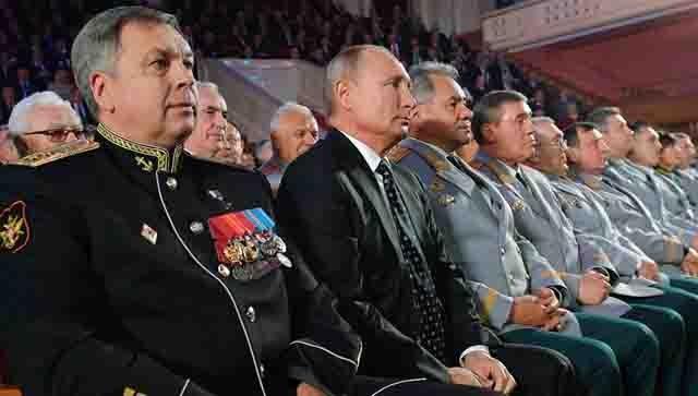 igor-kostikov-rjadom-s-vladimirom-putinym Начальник ГРУИгорь Костюков Защита Отечества