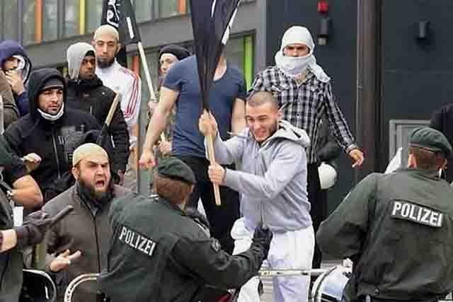 halifat-v-evrope-111 Аналитик СВР: террористы прячутся в глубине мусульманской диаспоры Антитеррор