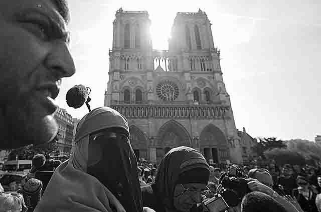 terakty-v-evrope-francija-ploshhad Аналитик СВР: террористы прячутся в глубине мусульманской диаспоры Антитеррор