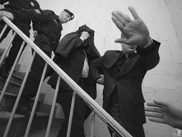 chinovniki-pod-sudom Крупные региональные чиновники под судом и следствием Анализ - прогноз