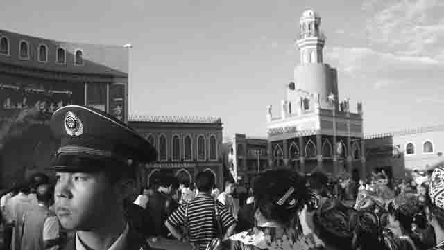 lagerja-perevospitanija-musulman-v-sinczjan-ujgurskom-avtonomnom-rajone-kitaja Методы борьбы с терроризмом в Китае Антитеррор