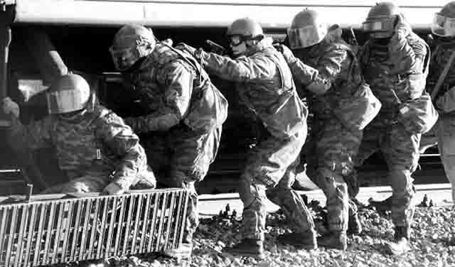 udmurtija-uchenija-antiterror Сотрудники служб антитеррора - герои нашего времени? Антитеррор Удмуртия