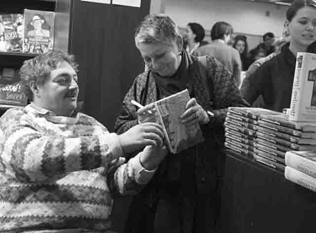ljudmila-ulickaja-i-dmitrij-bykov Независимость Татарстана по примеру Украины Люди, факты, мнения Татарстан