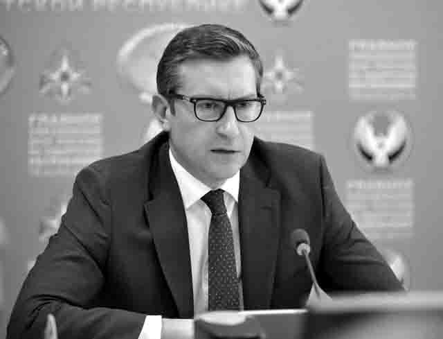 predsedatel-pravitelstva-udmurtskoj-respubliki-ja.v.-semenov Прогноз развития Удмуртии на 2020-2022 гг. Анализ - прогноз Удмуртия