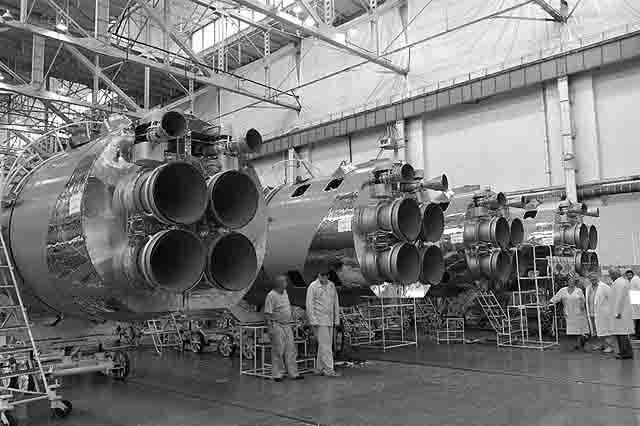 raketa-rkc-progress Миллиардный иск к самарскому ракетно-космическому центру Защита Отечества Самарская область