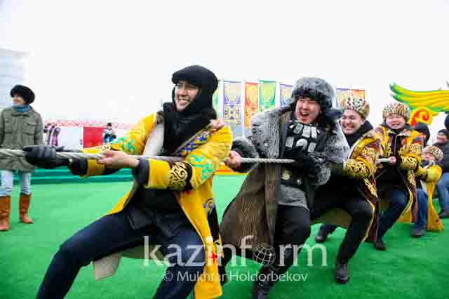 kazahstan-na-kanatah Массовый исход русских из Казахстана Анализ - прогноз