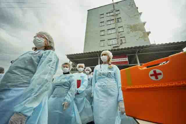 vrachi-jepidemija Коронавирус: происхождение и уровень опасности Анализ - прогноз Люди, факты, мнения