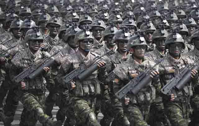 specsluzhby-severnoj-korei-parad Спецслужбы Северной Кореи Защита Отечества