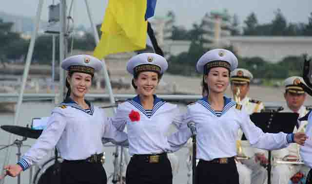 zhenskaja-forma-morskogo-flota Спецслужбы Северной Кореи Защита Отечества